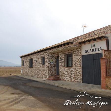 Casas rurales alquiler integro en pueblonuevo del bullaque casa rural la guarida parque - Casa rural cabaneros ...